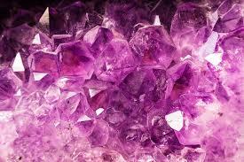 Ametiszt kő