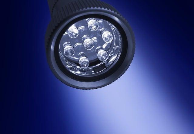 LED elemlámpa